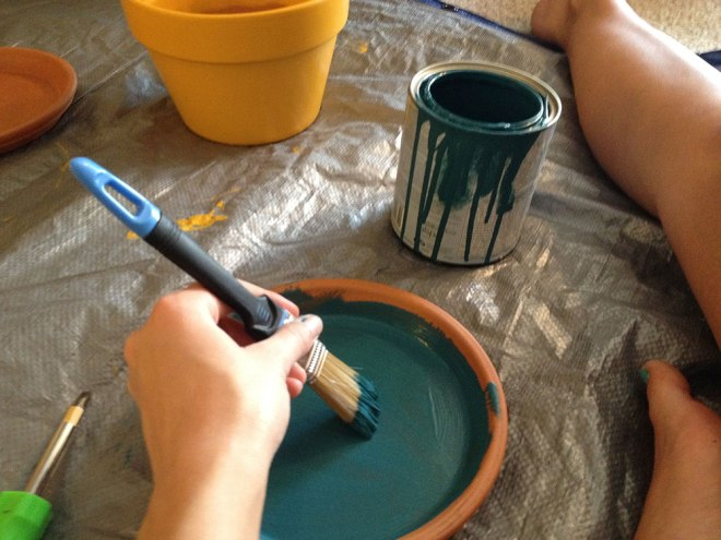 garden_painting-the-base_ps