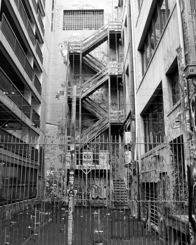 graffiti_stairs_bw