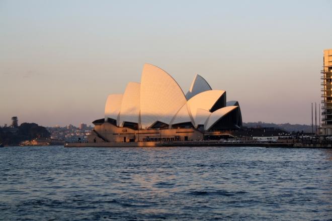 Sydney_opera-house-sunset